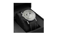 Armbåndsur med Silver Sovereign. limited-edition: Et eksklusivt ur i begrænset antal, der forener to af de mest populære samleobjekter; en mønt og et ur