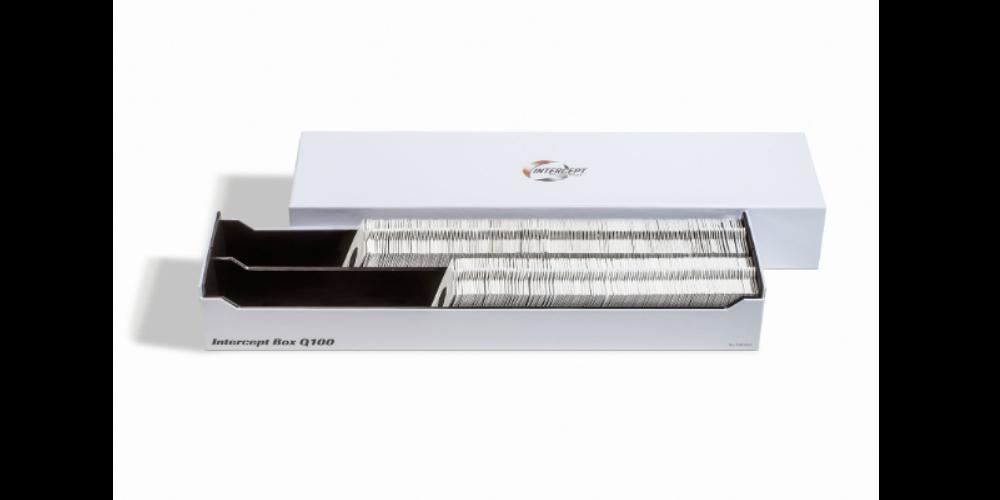 Med det særlige INTERCEPT-materiale beskytter disse opbevaringsbokse aktivt din samling mod oxidering og forfald.