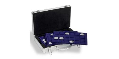 Praktisk møntkuffert i aluminiumslook str L Str. 407 × 245 × 95 mm.
