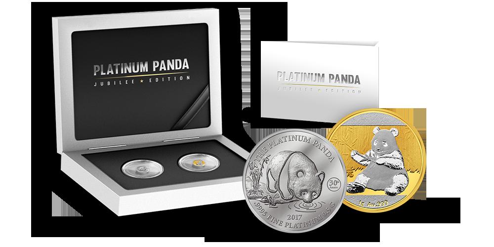 møntsæt er lavet specielt for at fejre jubilæerne for både guld pandamønterne og den første investeringsmønt i platin nogensinde