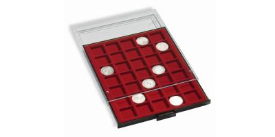 Røgfarvet møntskuffe med rød bakke