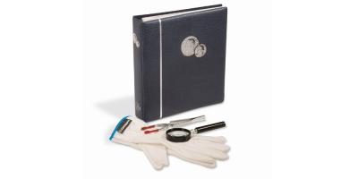 Startersæt:Album med plads til 48 mønter, møntpincet og håndlup med 4* forstørrelse.
